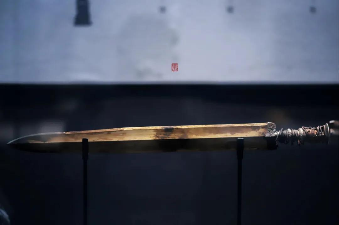 """浙江博物馆""""砸锅卖铁""""从香港买回的一把剑"""