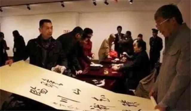 """以17万""""骗画""""转手就卖出8700万的鉴宝人刘岩,后来怎样了"""