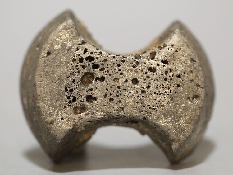 银铤,北宋,重量:148克,英州军资 绍圣二年 三两 匠王平 库银。